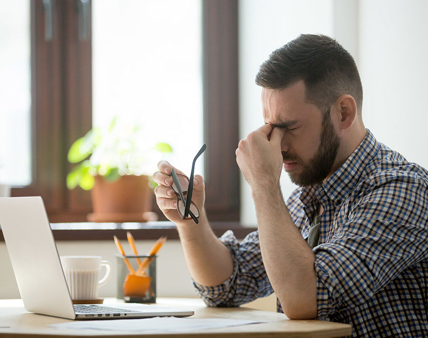 headache from screens or bad posture brighton chiropractic how we can help blog post